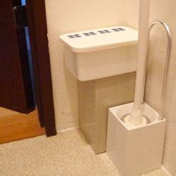 トイレ掃除道具のイメージ