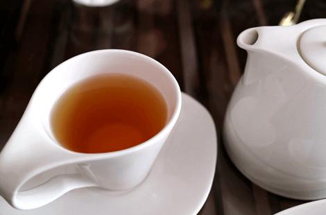 紅茶 タンニン