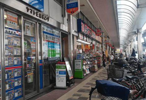 ホットヨガLAVA 布施店入口